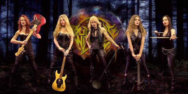 Swiss All-Female Heavy Metal Band BURNING WITCHES To Release 'Hexenhammer' Album In November  - burningwitches2018promocolor 638 - Swiss All-Female Heavy Metal Band BURNING WITCHES To Release 'Hexenhammer' Album In November