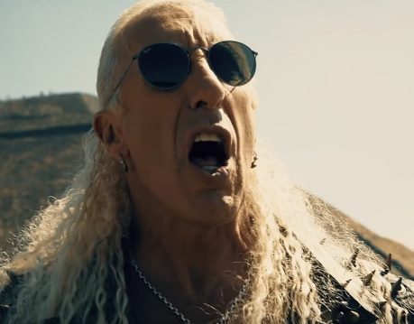 - deesniderforthelovevid 638 459x359 - Video Premiere: DEE SNIDER's 'For The Love Of Metal'