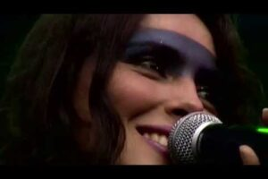 - httpsi - Within Temptation – Enter live Pukkelpop (2002)