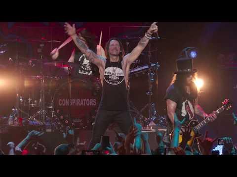 - httpsi - Slash feat. Myles Kennedy & The Conspirators – Nightrain (Live 2019)